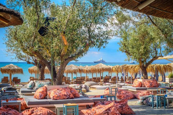 Holy Spirit - Varkiza Resort- Beach Mall - The Beach Concept - Καταστήματα