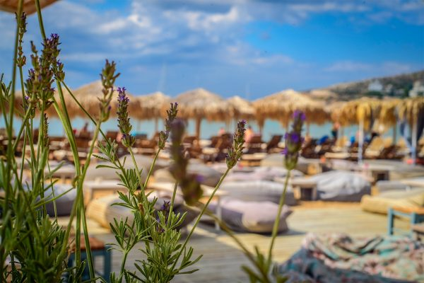 Holy Spirit - Varkiza Resort - Beach Mall - The Beach Concept - Καταστήματα